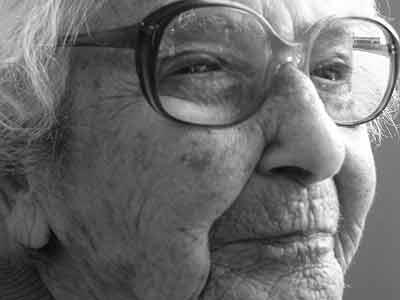 Dank an Robert Schindel für das Foto seiner Mutter Gerti.